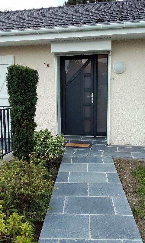 Porte d'entrée DH Confort© - Cambrai - Arras - Douai - Valenciennes - Péronne - Saint-Quentin