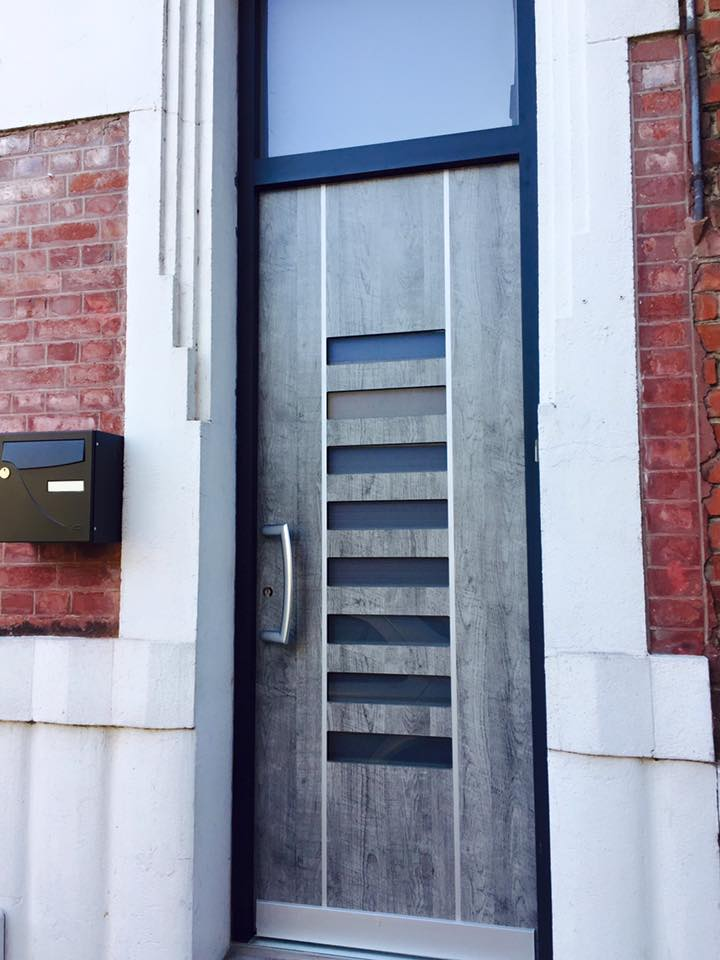 Dh confort portes pvc aluminium contemporaine ou for Fenetre pvc nord