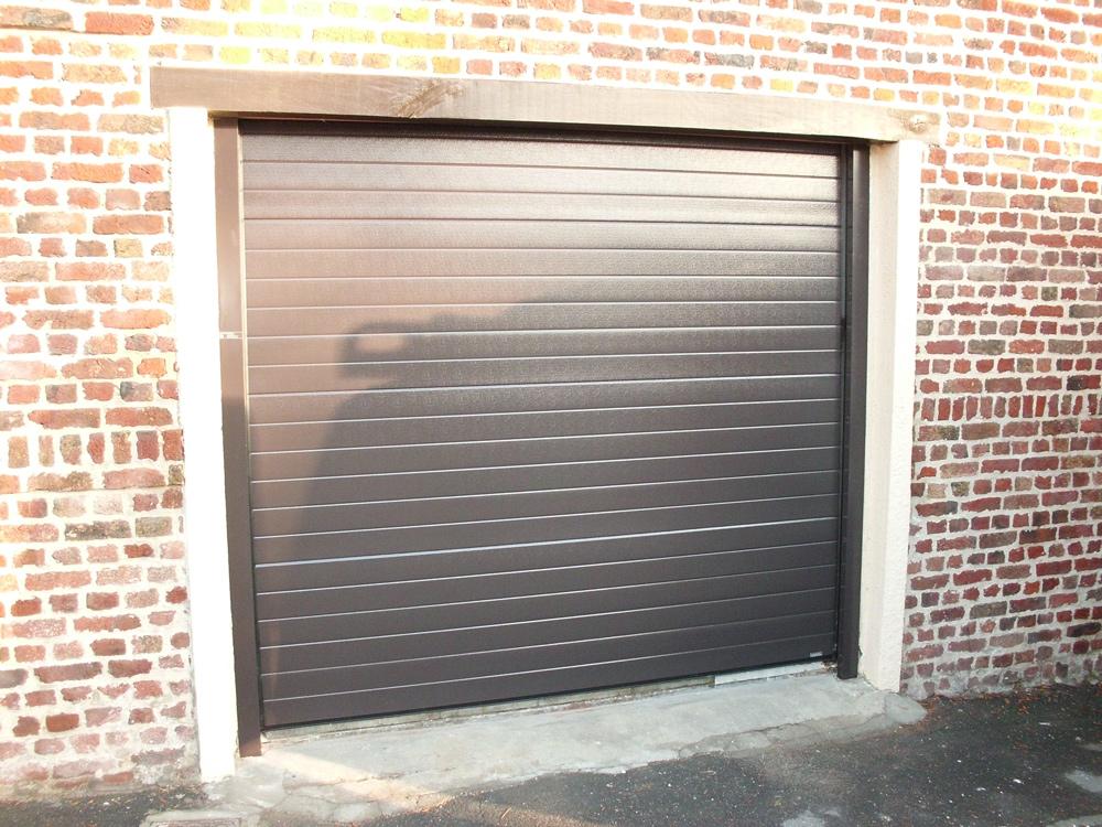 Portes de garage DH Confort © - Cambrai - Arras - Douai - Valenciennes - Péronne - Saint-Quentin